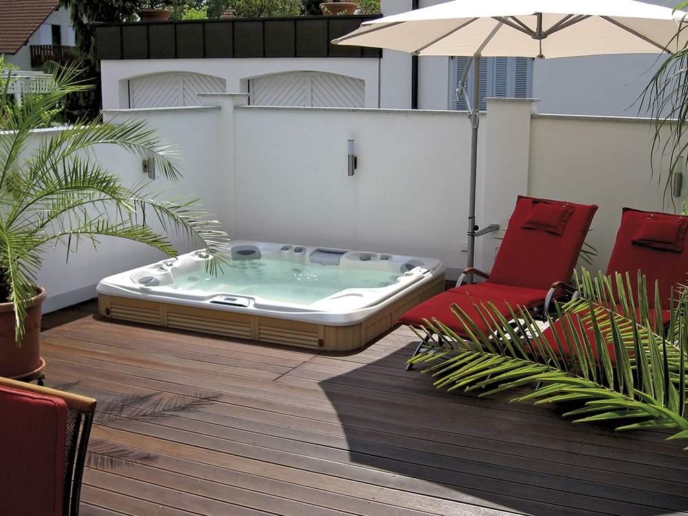 Außenwhirlpools – Whirlpools Garten & draußen:: ARMSTARK®